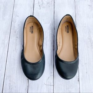 Mossimo Black Ballet Flats Size 5.5W